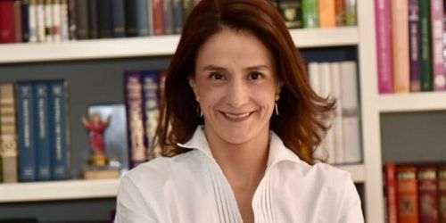 Juliana Pungiluppi como directora del Instituto Colombiano de Bienestar Familiar (ICBF).