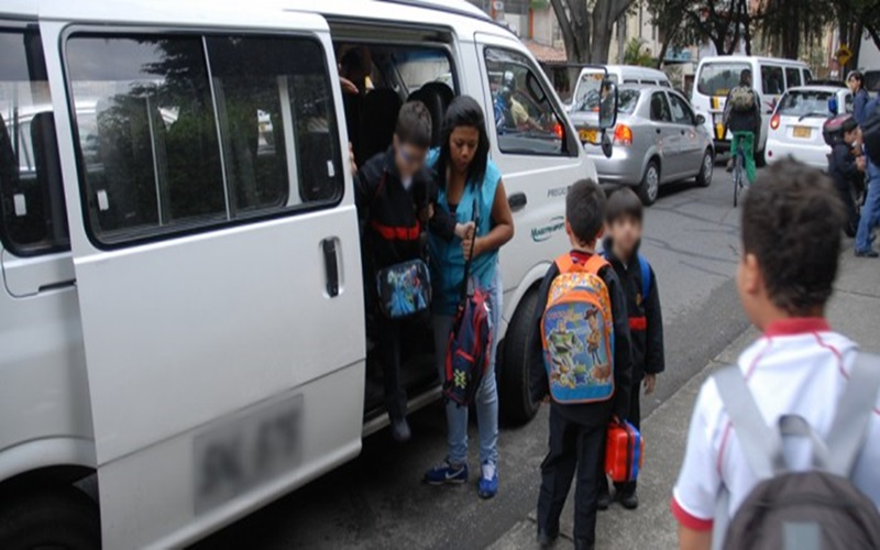 Transporte escolar HD 9 de julio